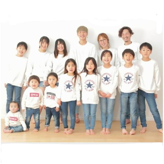Cặp vợ chồng Nhật Bản cưới hơn 20 năm, sinh 12 đứa con nếp tẻ có đủ, hé lộ cuộc sống mỗi ngày khiến cộng đồng mạng sửng sốt - ảnh 16