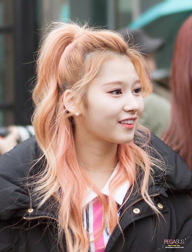 Cứ nói mãi về Tzuyu mà quên mất Twice còn có một mỹ nhân cân được hết mọi kiểu tóc - ảnh 10