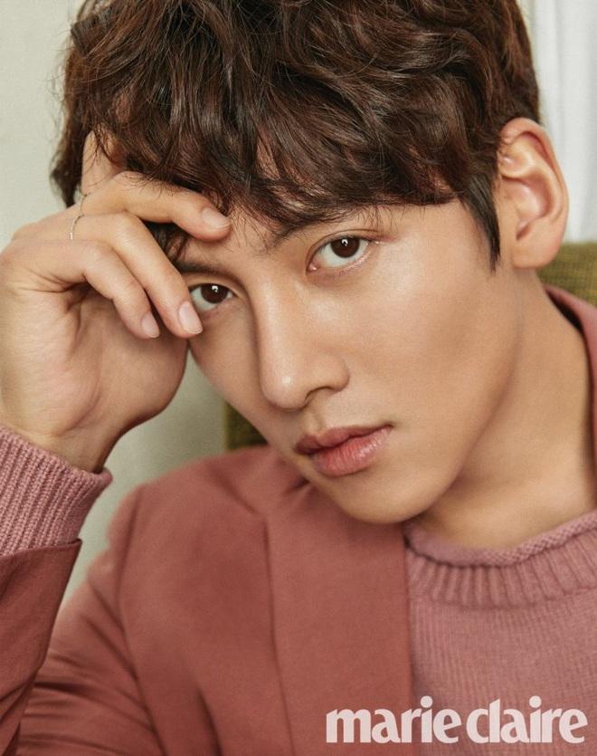 Ji Chang Wook nhận lời yêu Kim Ji Won ở phim mới của đạo diễn Điên Thì Có Sao, chưa gì đã thấy màu sướt mướt? - ảnh 1