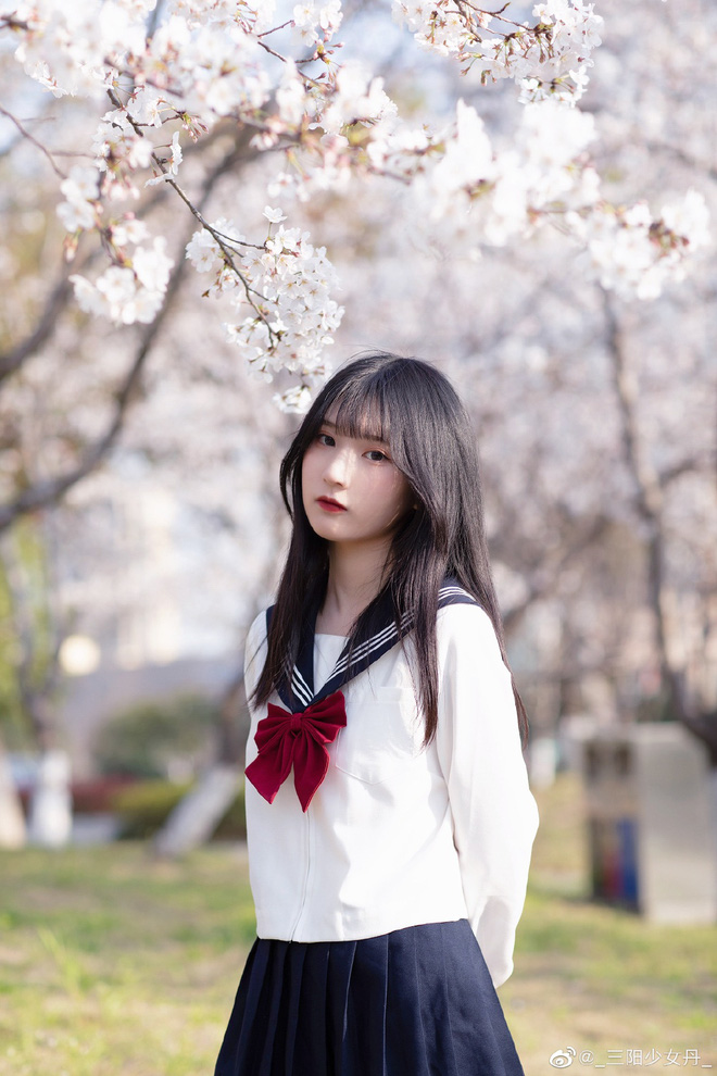Khi loạt nữ thần trung học đọ sắc: Bình thường đã xinh, diện đồng phục còn nổi bật gấp mười - ảnh 46