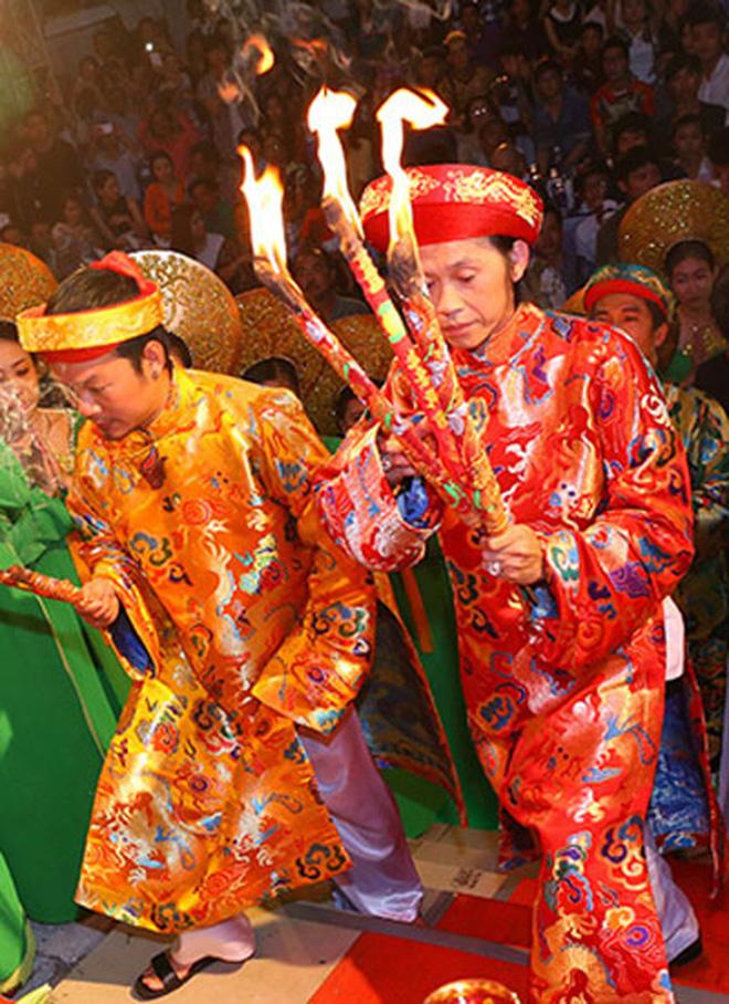 NS Hoài Linh thông báo sẽ không tổ chức lễ giỗ Tổ sân khấu tại đền thờ 100 tỷ, nguyên nhân được chính chủ hé lộ! - Ảnh 4.
