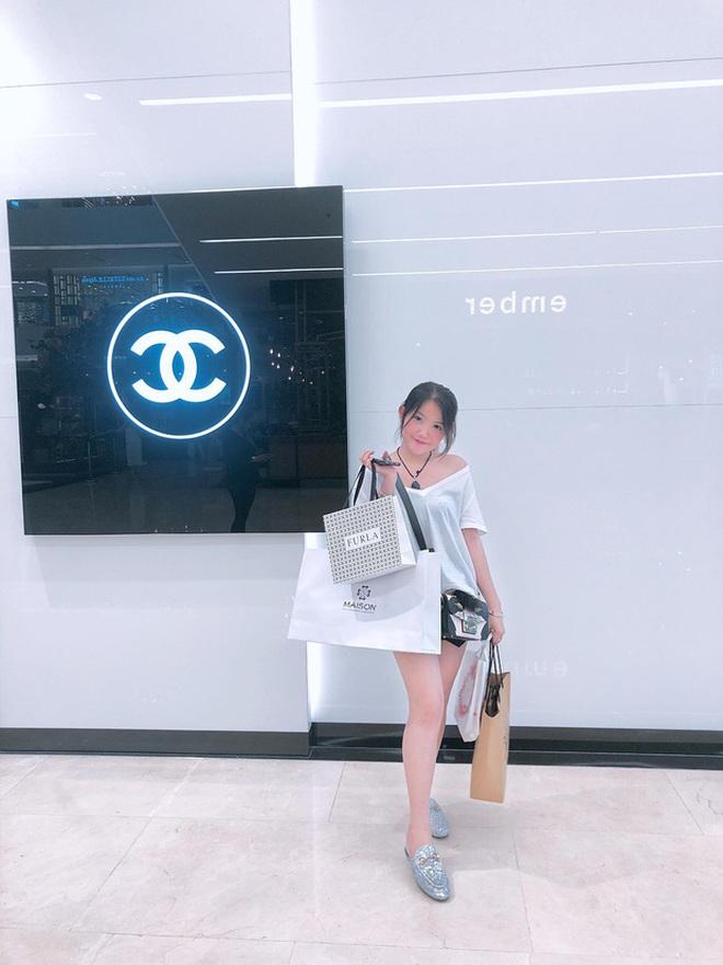 Kiểm kê loạt quà khủng hội rich kid được bố mẹ tặng, siêu xe 16 tỷ mừng tốt nghiệp của Phan Hoàng vẫn nhất bảng - ảnh 15