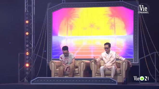 Tlinh nhá hàng 1 đoạn bài thi ở vòng Đối đầu Rap Việt, netizen liền khen tới tấp: Không hot mới lạ! - ảnh 7