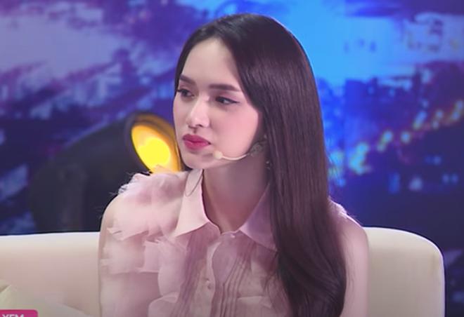 """Hương Giang kể lại trên sóng truyền hình: """"Khán giả ở dưới chỉ muốn cầm đá ném tôi, lúc đó tôi rất ghét Khắc Việt"""" - Ảnh 2."""