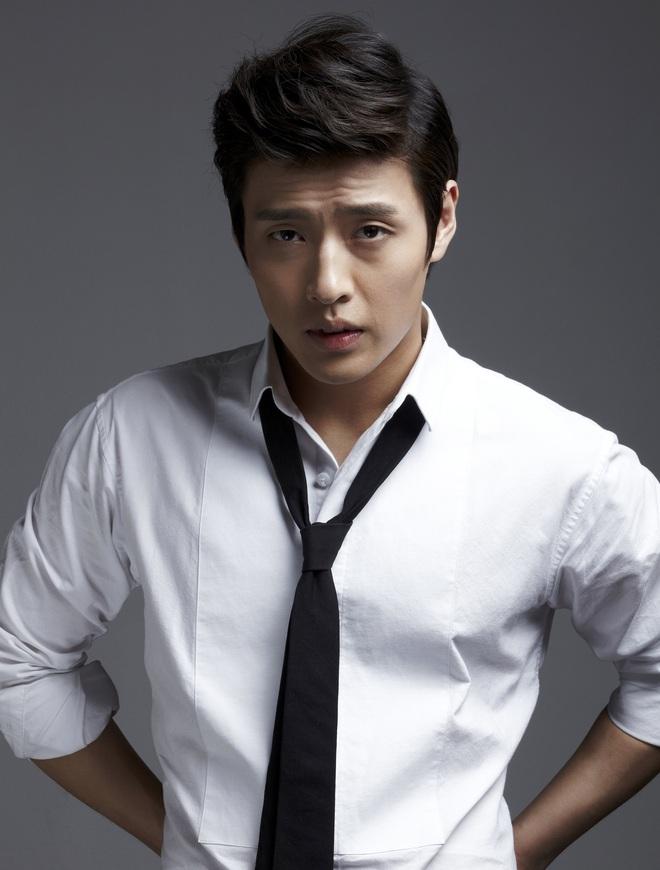 Kang Ha Neul - Son Ye Jin được rủ rê nên đôi nhưng anh Kang lại chê, quyết hốt vai bố chồng của chị đẹp? - ảnh 4