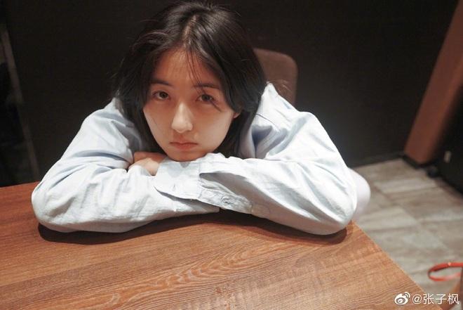 Phòng KTX hot nhất Học viện Điện ảnh Bắc Kinh: Hội tụ 6 tiên nữ điểm cao chót vót, hoa khôi nổi bật hơn hẳn thủ khoa - ảnh 6