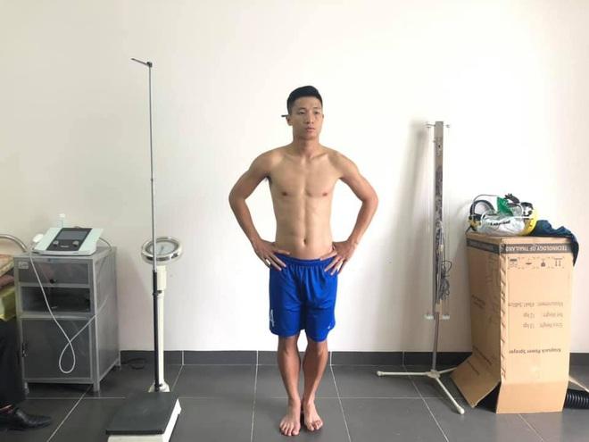 Tuyển thủ Việt Nam lộ xương sườn và thể hình gầy gò khi làm kiểm tra vào đại học - ảnh 6