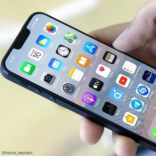 Ngắm concept iPhone 12 mini - Cái tên lạ lẫm nhất từ trước tới nay - Ảnh 3.