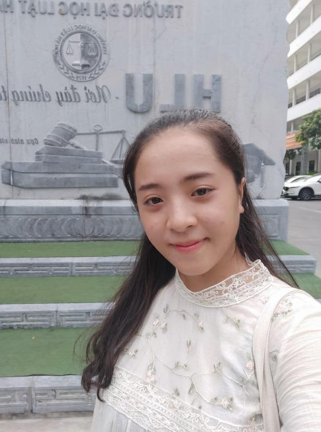 Nữ sinh Nghệ An thi Đại học 31 điểm: Mẹ bị ung thư giai đoạn 4, phải đi nhổ cỏ lúa, bóc mía thuê, ngày chỉ ngủ 2 tiếng vì quyết tâm thi đỗ - ảnh 4