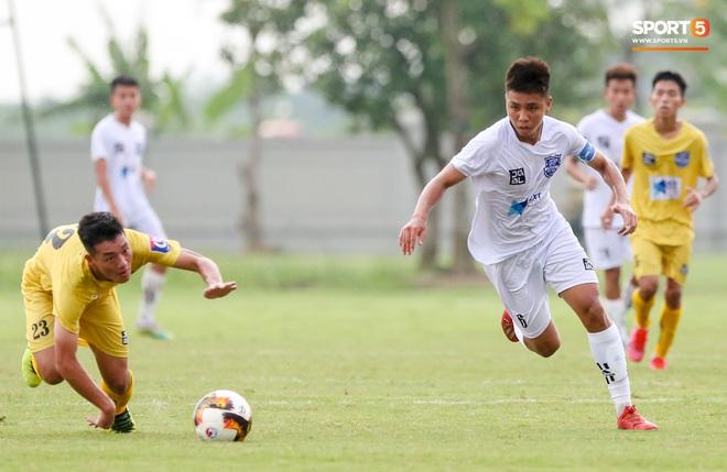Dương Quang Trung Hiếu: Sát thủ triển vọng của bóng đá Việt với số áo kỳ lạ và ước mơ cao lớn như Ronaldo - ảnh 8