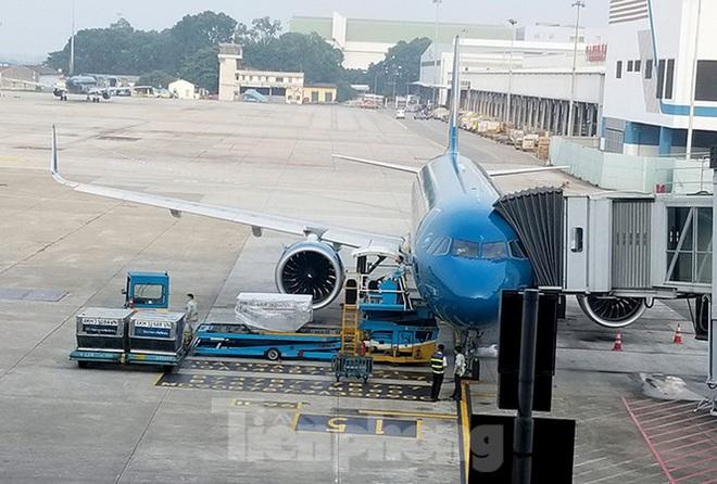 Nhân viên kỹ thuật máy bay bị sét đánh tử vong tại sân bay Nội Bài - ảnh 1