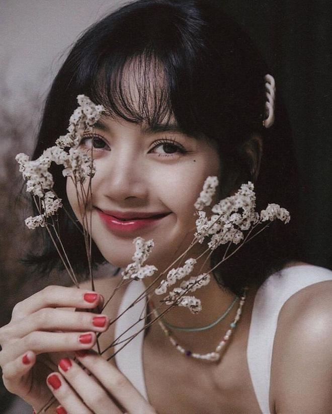 25 idol nữ có gương mặt đẹp nhất Kpop: Nữ thần Yoona - Suzy nhường hết chỗ cho BLACKPINK, Top 3 gây tranh cãi rầm rộ - ảnh 1