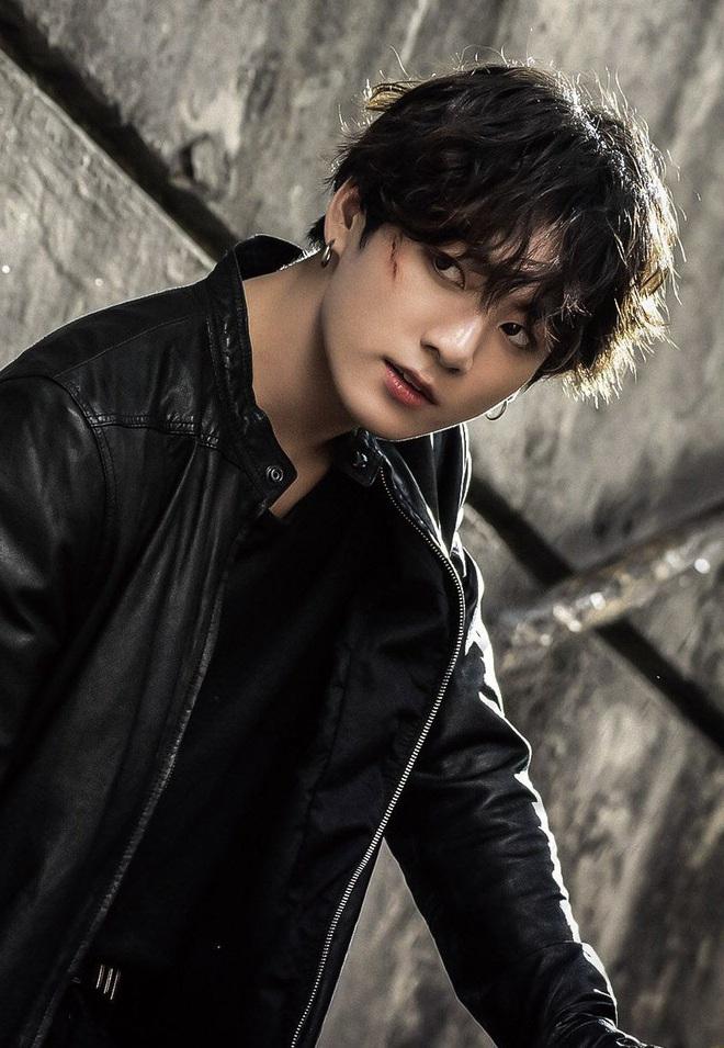 """Nhân vật quyền lực xứ Hàn cũng phải trầm trồ vì Jungkook (BTS): """"Tâm điểm của vẻ đẹp thế giới, dần thay thế James Dean"""" - Ảnh 5."""