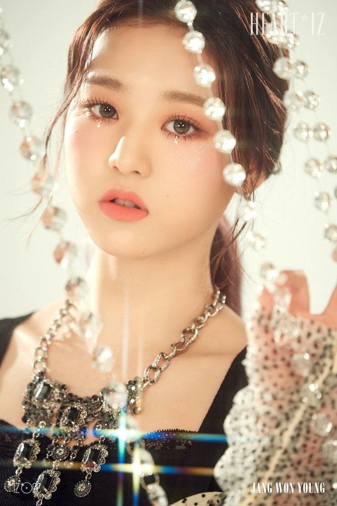 25 idol nữ có gương mặt đẹp nhất Kpop: Nữ thần Yoona - Suzy nhường hết chỗ cho BLACKPINK, Top 3 gây tranh cãi rầm rộ - ảnh 3