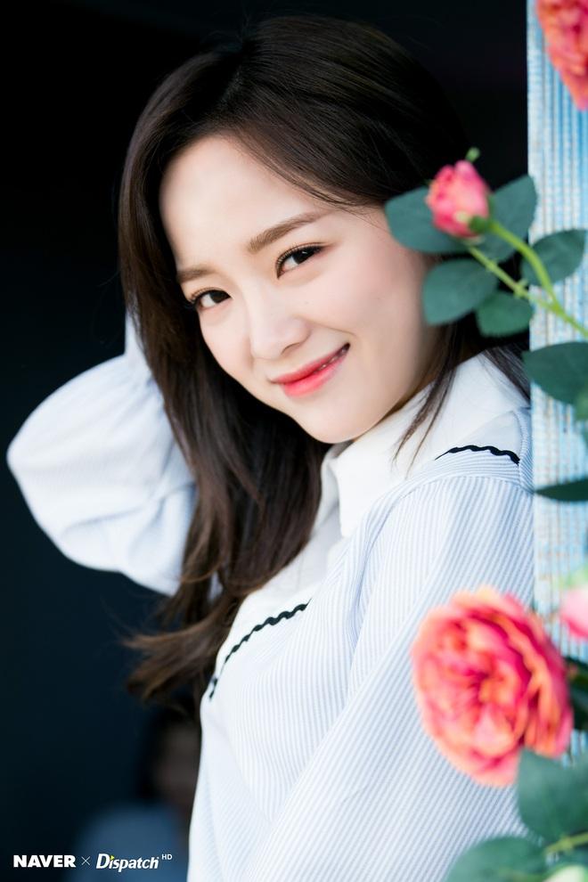 25 idol nữ có gương mặt đẹp nhất Kpop: Nữ thần Yoona - Suzy nhường hết chỗ cho BLACKPINK, Top 3 gây tranh cãi rầm rộ - ảnh 10