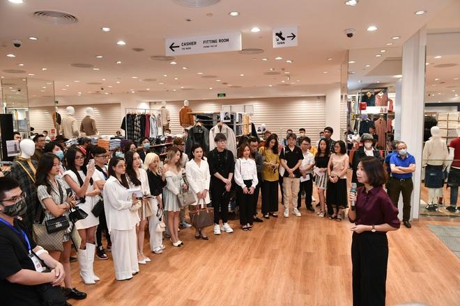 UNIQLO mở cửa hàng thứ 2 tại Hà Nội, Á hậu Huyền My chiếm spotlight trong sự kiện giới thiệu trước giờ G - ảnh 8