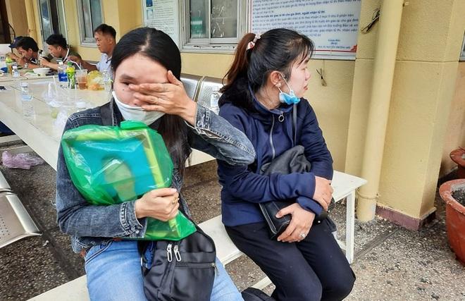 Gia cảnh đáng thương của nạn nhân bị cây xanh đè tử vong ở Sài Gòn: 2 vợ chồng cùng thất nghiệp do Covid-19, đứa con đầu chưa đầy 4 tuổi - ảnh 2