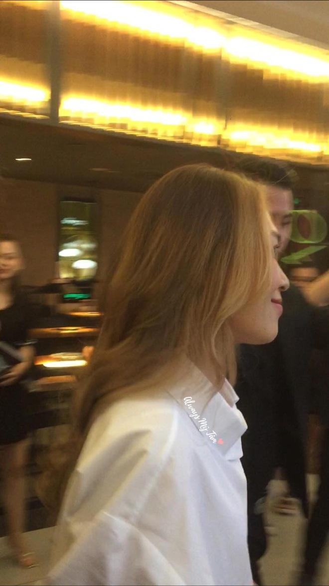 Chị đẹp Mỹ Tâm chơi quá: Đã bắt trend tóc Jennie còn diện cả nhẫn, dây chuyền hàng hiệu giống Lisa - ảnh 7