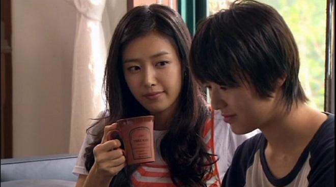 Hoá ra suýt chút Tiệm Cà Phê Hoàng Tử đã không tồn tại: Gong Yoo chê phim ngớ ngẩn, Chae Jung An chả thèm nhìn kịch bản - ảnh 3