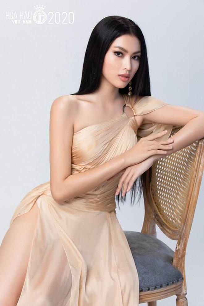 So ảnh trên mạng và chụp thực tế tại vòng sơ khảo của dàn thí sinh Hoa hậu Việt Nam 2020: Liệu có ai mất phong độ? - ảnh 13
