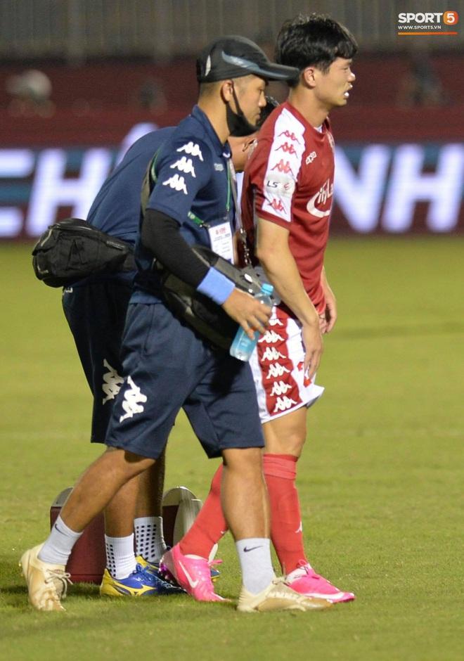 Công Phượng đau đớn rời sân sau khi lập cú đúp bàn thắng vào lưới CLB Nam Định - ảnh 6