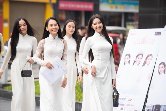 Dàn thí sinh đua nhau khoe sắc tại vòng sơ khảo Hoa hậu Việt Nam 2020, bản sao Jennie (BLACKPINK) có như kỳ vọng? - ảnh 12