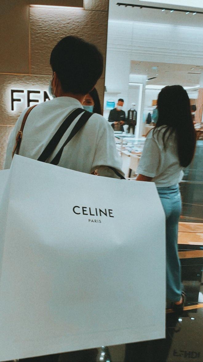Nể fan của Lisa: Chốt đơn liên tục, mua cả tá đồ Celine mừng idol thành đại sứ toàn cầu - ảnh 6