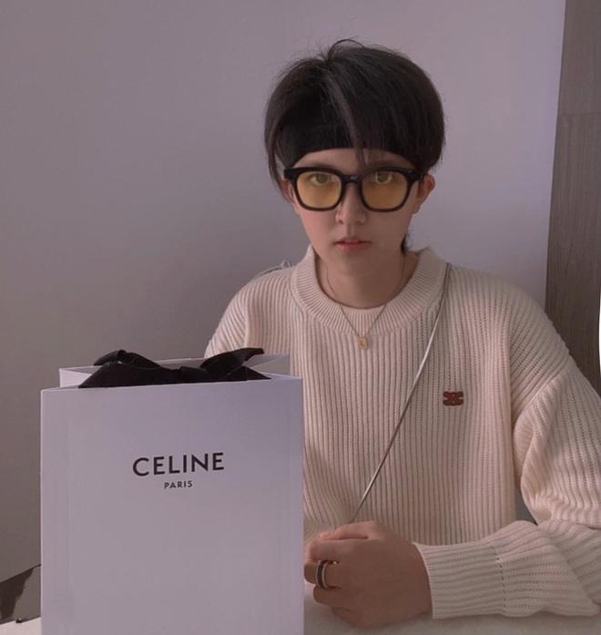 Nể fan của Lisa: Chốt đơn liên tục, mua cả tá đồ Celine mừng idol thành đại sứ toàn cầu - ảnh 2