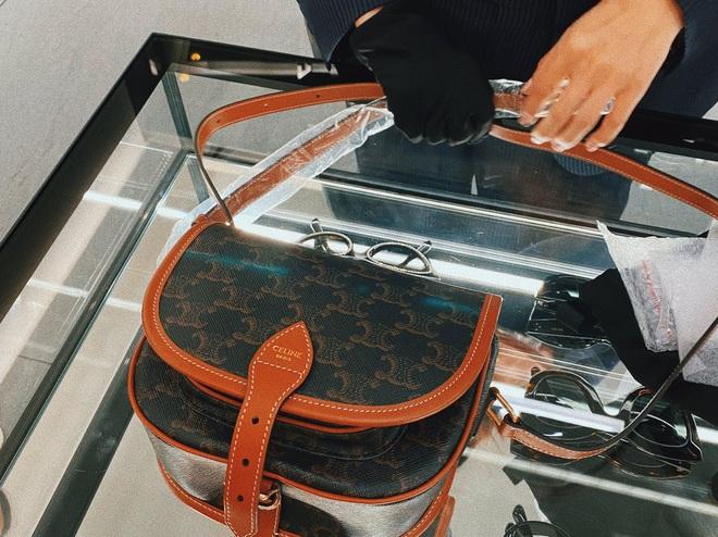 Nể fan của Lisa: Chốt đơn liên tục, mua cả tá đồ Celine mừng idol thành đại sứ toàn cầu - ảnh 4