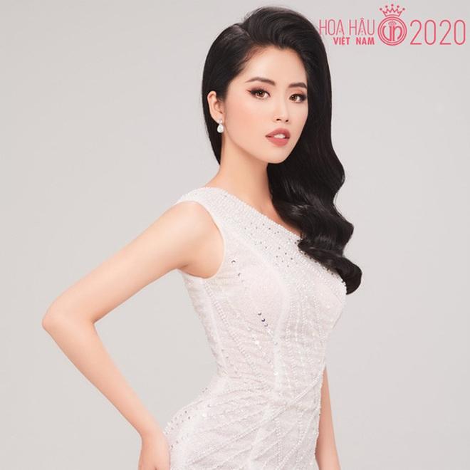 So ảnh trên mạng và chụp thực tế tại vòng sơ khảo của dàn thí sinh Hoa hậu Việt Nam 2020: Liệu có ai mất phong độ? - ảnh 1