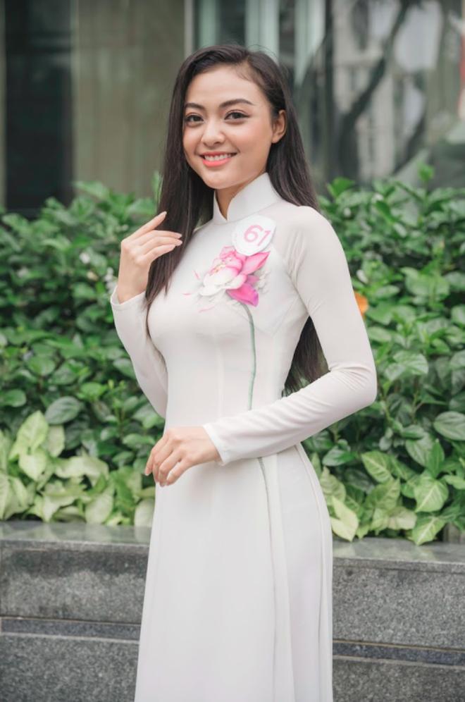 So ảnh trên mạng và chụp thực tế tại vòng sơ khảo của dàn thí sinh Hoa hậu Việt Nam 2020: Liệu có ai mất phong độ? - ảnh 8