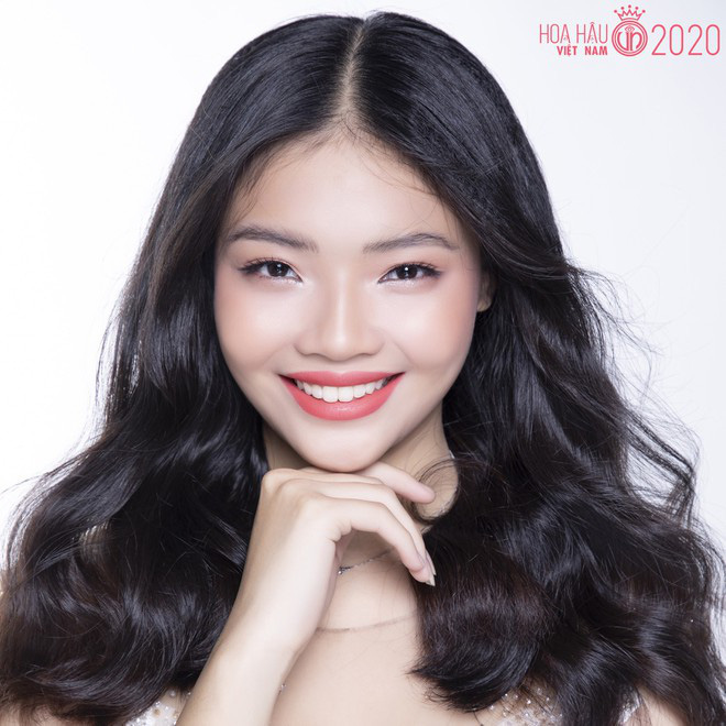 So ảnh trên mạng và chụp thực tế tại vòng sơ khảo của dàn thí sinh Hoa hậu Việt Nam 2020: Liệu có ai mất phong độ? - ảnh 3