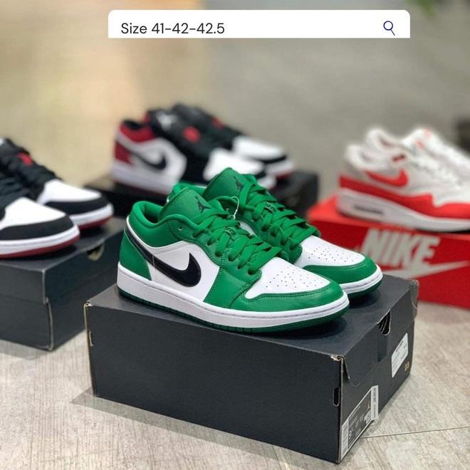 Năm nay dân tình lùng sục Nike Air Jordan quá, bạn mà không sắm là tụt trend ngay - ảnh 17