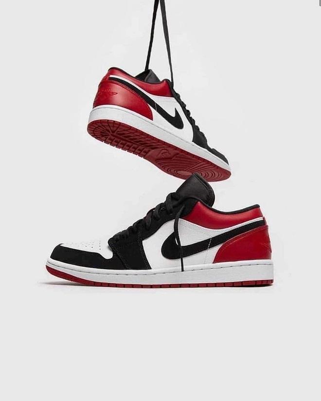 Năm nay dân tình lùng sục Nike Air Jordan quá, bạn mà không sắm là tụt trend ngay - ảnh 11