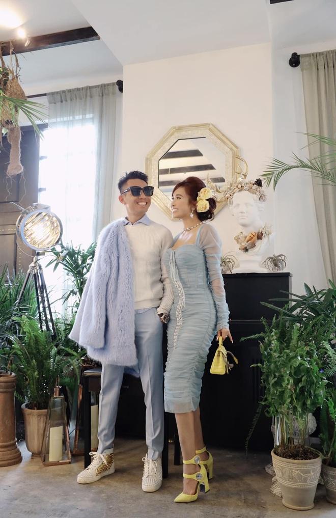 Vợ chồng Minh Nhựa giật giải chăm sống ảo nhất năm, nghìn tấm như một đều toát ra mùi của giới siêu giàu - ảnh 1