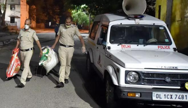 Bốn cảnh sát Ấn Độ bị đình chỉ công tác vì bắt được 160kg cần sa nhưng đem 159kg đi bán - ảnh 1