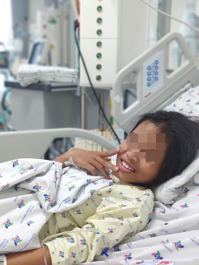 Cứu sống bé gái 11 tuổi uống thuốc ngủ tự tử vì nghĩ cha mẹ hết thương mình - ảnh 1