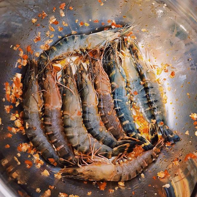 Vũ Ngọc Châm đứng ngoài hội gái đoảng với loạt món ăn tự nấu xịn như nhà hàng - ảnh 11