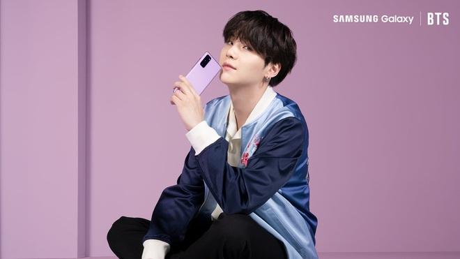 Ngắm mê mệt các chàng trai BTS đẹp hút hồn trong bộ ảnh sản phẩm mới của Samsung - ảnh 6