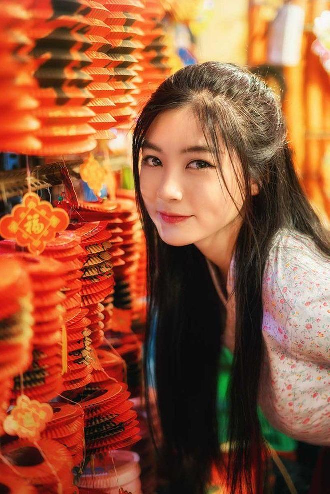 """Gái xinh sinh năm 1999 vào vai """"chị Hằng"""" thành công nhất mùa Trung thu giờ ra sao?"""