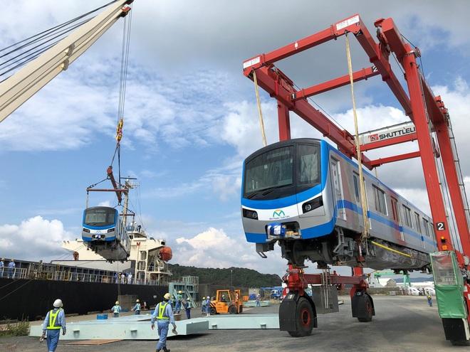 Đoàn tàu đầu tiên của tuyến Metro số 1 chính thức rời Nhật Bản, đang đến TP.HCM - ảnh 1