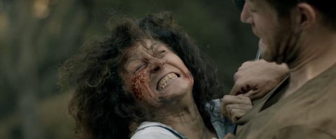 Muốn rớt tim với ông bố vượt ải zombie tìm con ở Trại Xác Sống, phim khai pháo mùa Halloween là đây chứ đâu! - ảnh 8
