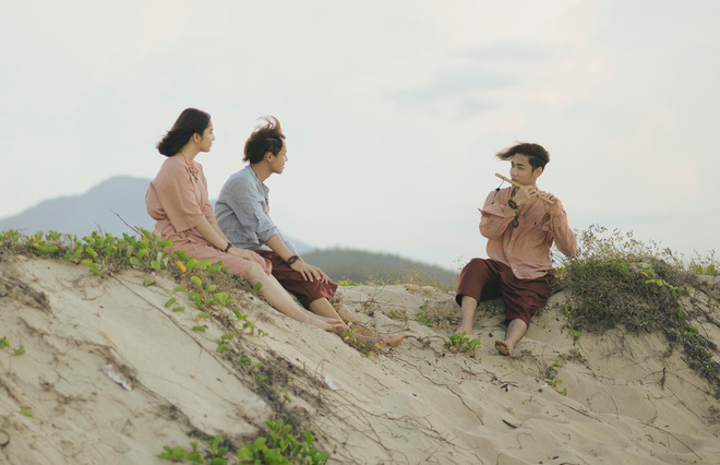 K-ICM và APJ nhảy cóc tung MV phần 3 của Ai Mang Cô Đơn Đi, liệu có gây ra ám ảnh mới như gió lung lay thời gian qua? - ảnh 2