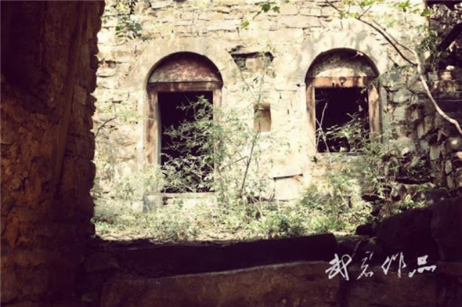"""Ngôi làng """"ma ám"""" đáng sợ nhất Trung Quốc: Không ai đủ can đảm quay lại lần thứ 2 và bí ẩn về chiếc ghế Thái sư bị """"dính lời nguyền"""" - Ảnh 6."""