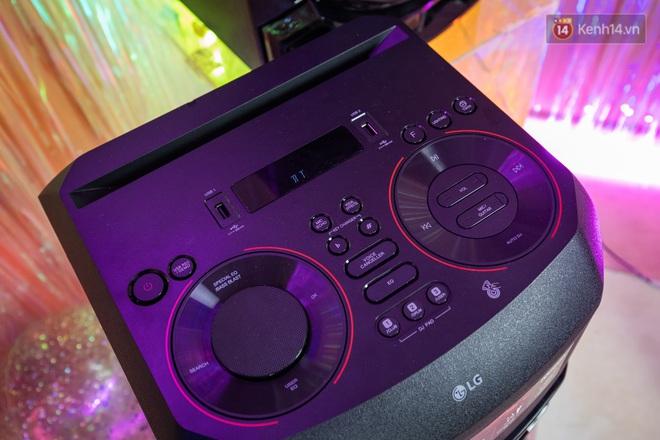 Trải nghiệm loa Bluetooth LG XBOOM RN5/ RN7: Nhìn ngoại hình cứ tưởng loa kẹo kéo, nhưng bên trong là hồn cốt Rap Việt - ảnh 10
