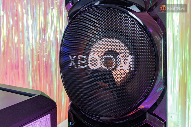 Trải nghiệm loa Bluetooth LG XBOOM RN5/ RN7: Nhìn ngoại hình cứ tưởng loa kẹo kéo, nhưng bên trong là hồn cốt Rap Việt - ảnh 8