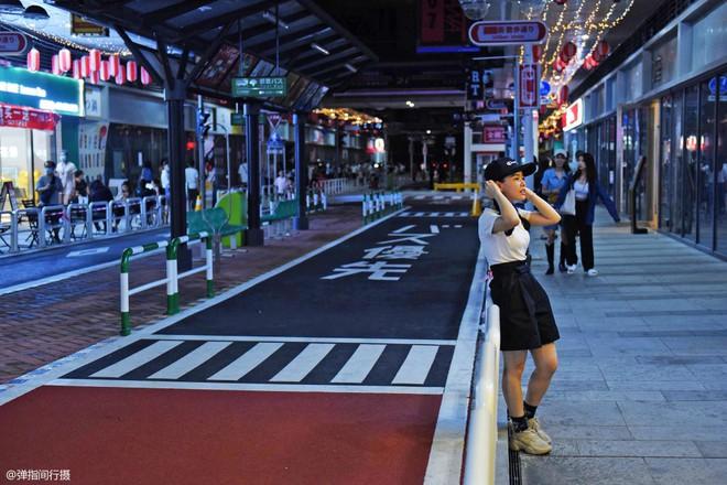 Bị phản đối rần rần, phố Nhật Bản pha-ke ở Trung Quốc lặng lẽ đóng cửa sau 2 tháng trở thành tụ điểm sống ảo của giới trẻ - ảnh 10
