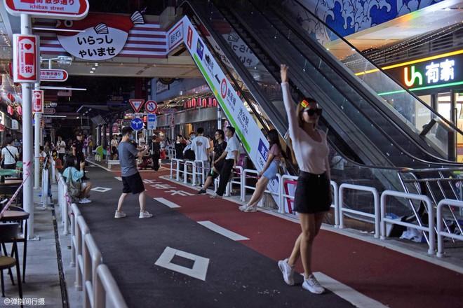Bị phản đối rần rần, phố Nhật Bản pha-ke ở Trung Quốc lặng lẽ đóng cửa sau 2 tháng trở thành tụ điểm sống ảo của giới trẻ - ảnh 6