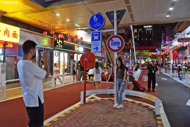 Bị phản đối rần rần, phố Nhật Bản pha-ke ở Trung Quốc lặng lẽ đóng cửa sau 2 tháng trở thành tụ điểm sống ảo của giới trẻ - ảnh 8