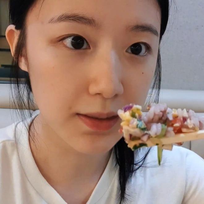 Hí hửng khoe thực đơn giảm cân mới, Shuhua (G)I-DLE khiến người hâm mộ sợ tái mặtnhưng vẫn nhất quyết rủ rê dân tình thử ngay - ảnh 10